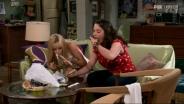 2 Broke Girls 1x04 - La prima volta di Max col sushi