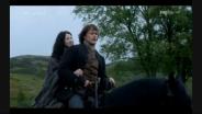 Jamie e Claire in viaggio verso Lallybroch
